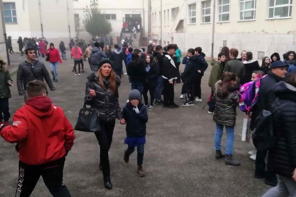 Terremoto, due scosse nel Beneventano: gente in strada