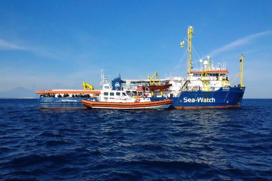 Sea Watch a Catania Ora rischia il sequestro