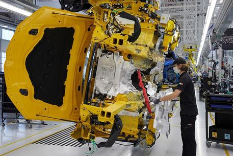 Industria, ad agosto fatturato in crescita dello 0,8%
