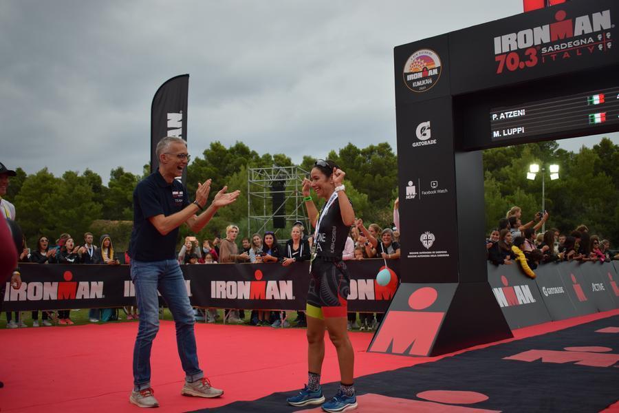 Alice Capone trionfa nell'Ironman 70.3Sardegna