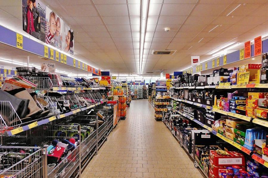 Furto al supermercato, denunciata a Quartu