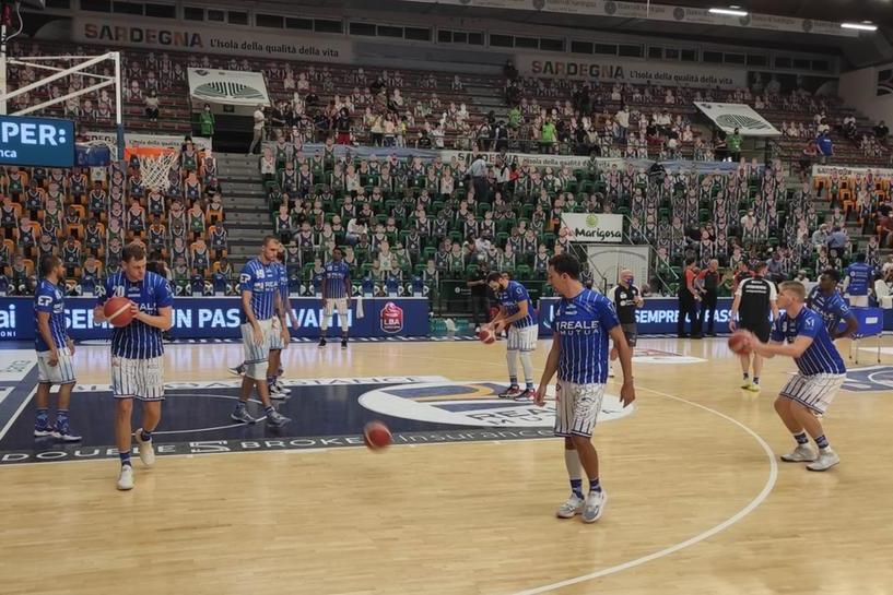 Basket, in Supercoppala Dinamo a Varese si gioca già mezza qualificazione