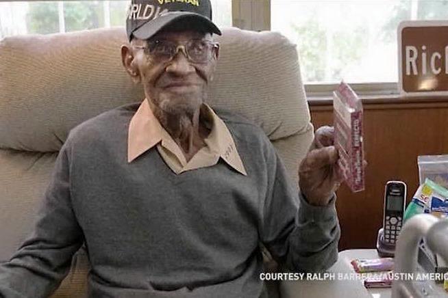 Addio all'uomo più vecchio degli Usa: aveva 112 anni VIDEO