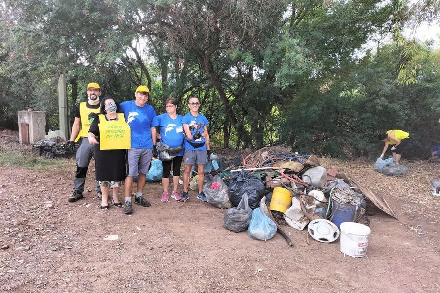 """""""Puliamo il Mondo"""": boom di volontari a Carbonia"""