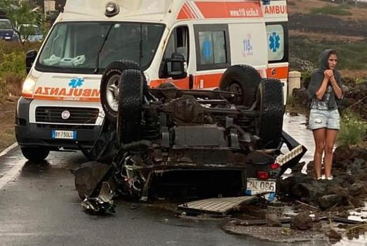 Una tromba d'aria fa strage in Sicilia: almeno due morti e diversi feriti