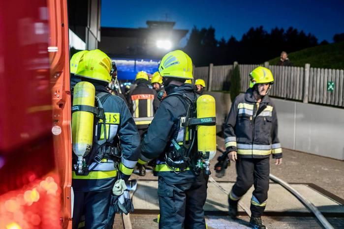 Esplosione nell'albergo a 5 stelle:9 feriti, grave il custode della struttura