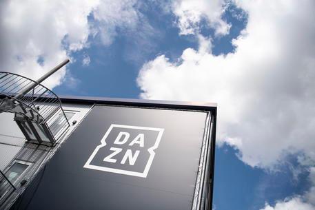 """Ancora problemi per Dazn, partite delle 18.30 non visibili per un tempo: """"Daremo un indennizzo"""""""