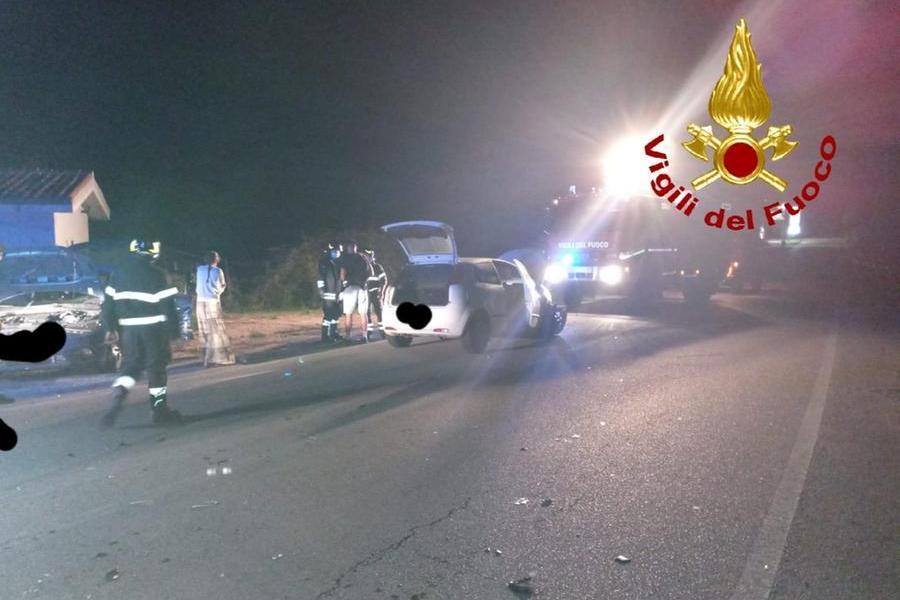 Schianto sulla SP59 all'incrocio per Baia Sardinia: un ferito in ospedale