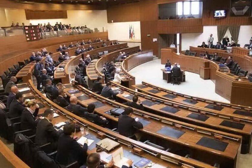 Il Consiglio regionale (Archivio L'Unione Sarda)
