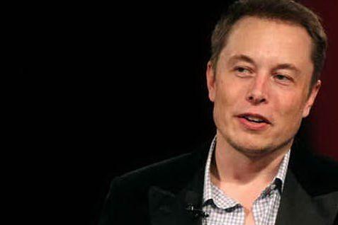 Effetto Elon Musk sul bitcoin, la criptovaluta a livelli record