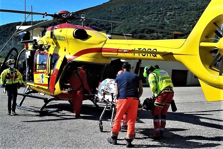 Fluminimaggiore: ciclista a terra, interviene l'elisoccorso
