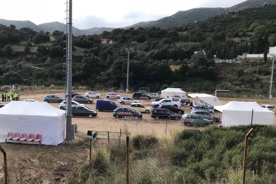 Covid: a Tortolì chiude una scuola, 10 positivi a Urzulei