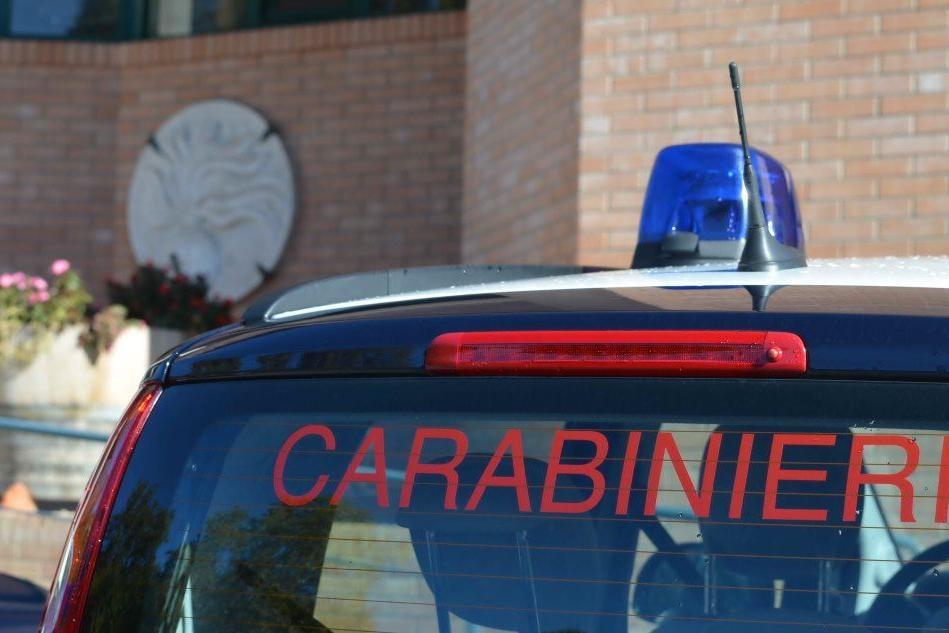 Insetti nella zona in cui si preparano le pietanze, chiuso un ristorante a Cagliari