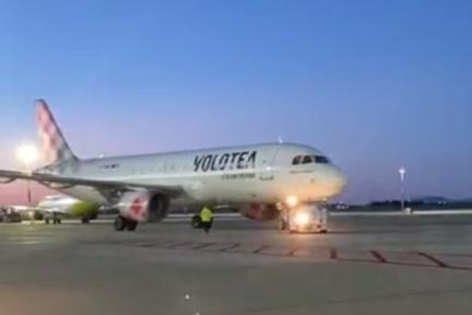 Meno voli rispetto ad Alitalia, e resta il nodo sovraprezzi: orari e costi, il piano di Volotea