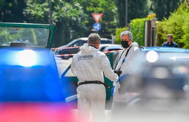 Trovata morta con due coltelli nella schiena:fermato il figlio che ha dato l'allarme - L'Unione Sarda.it