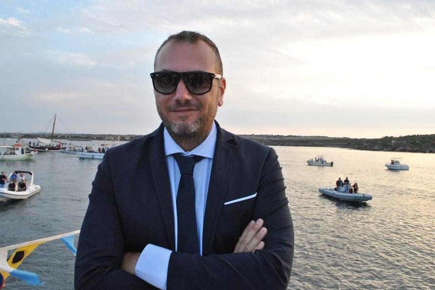 Stintino, Angelo Schiaffino annuncia la sua candidatura a sindaco
