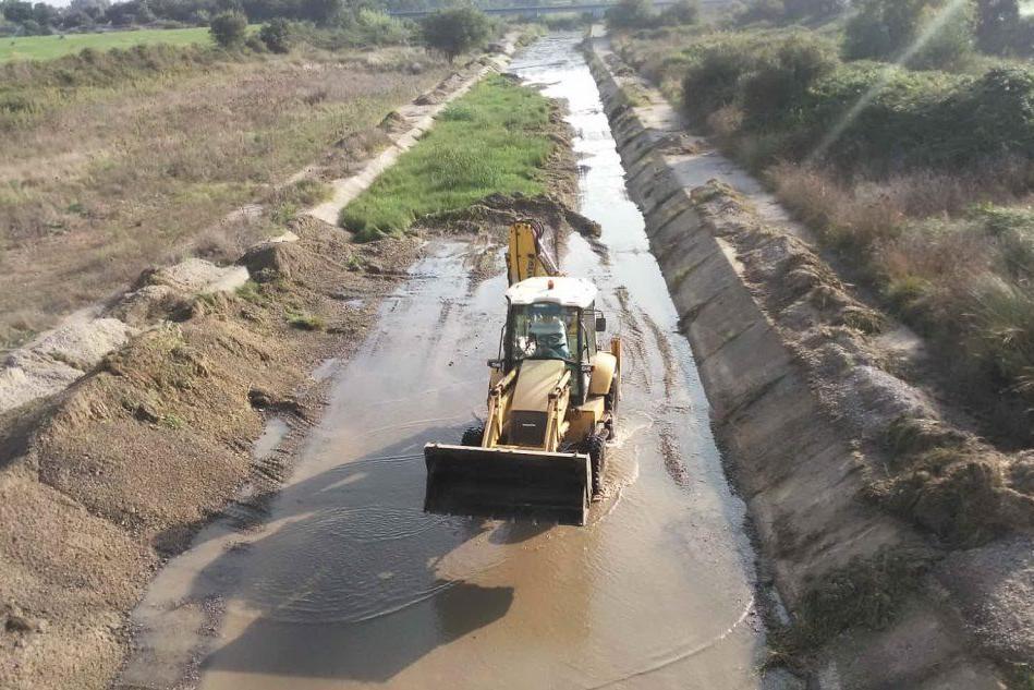 Alluvioni, il Consorzio di bonifica di Oristano dà il via ai lavori di pulizia nei canali