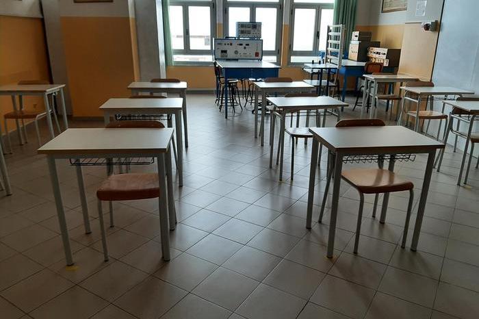 """""""Le scuole chiuse nel Sulcis, il fallimento dell'intero sistema"""""""