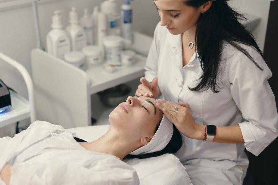 Porto Cervo, opportunità per estetiste e massaggiatrici