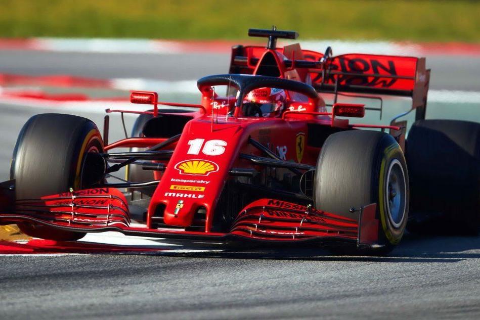 Formula 1, le nuove monoposto scendono in pista