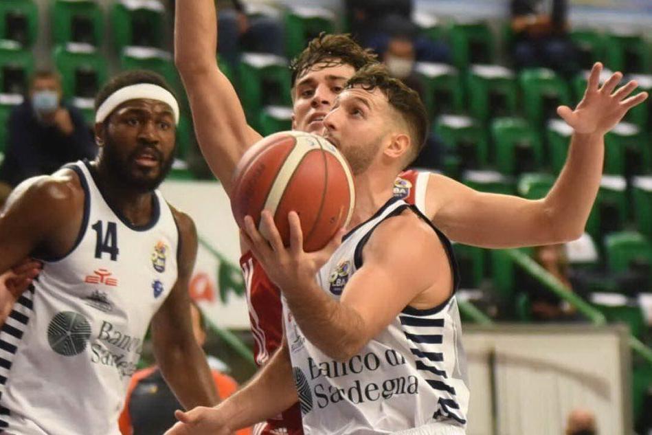La Dinamo suona la sesta: Trieste finisce ko