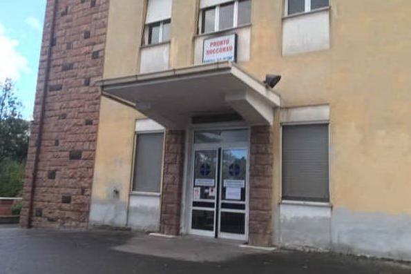 """Fiaccolata per l'ospedale di Ghilarza: """"Vogliamo la riapertura del piano di primo intervento"""""""