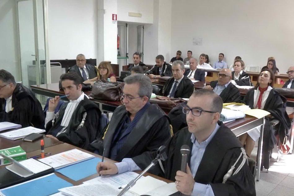 Lanusei, letti in aula i nomi delle 169 presunte vittime del poligono di Quirra