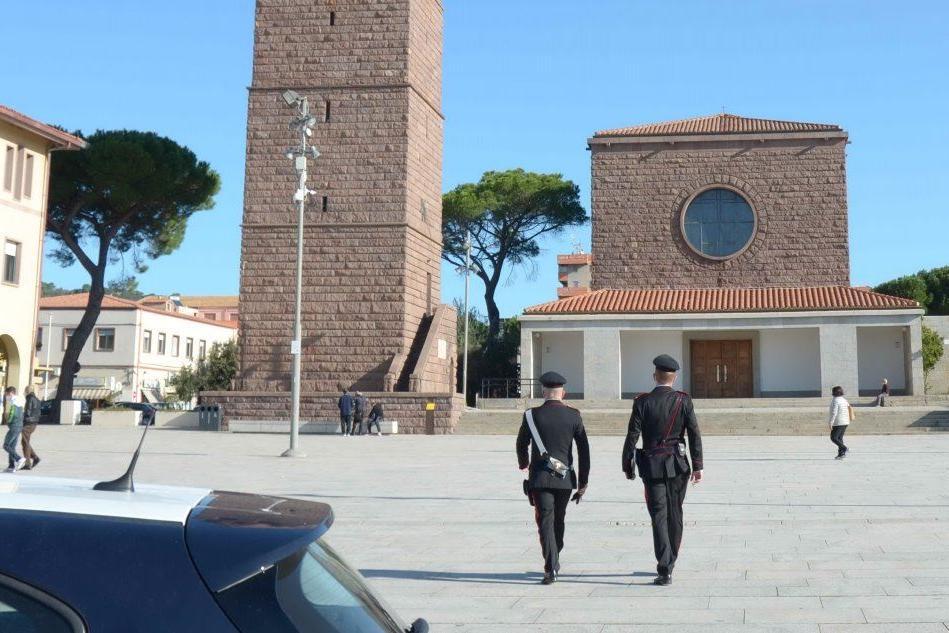 Carabinieri a Carbonia (Foto Carabinieri)