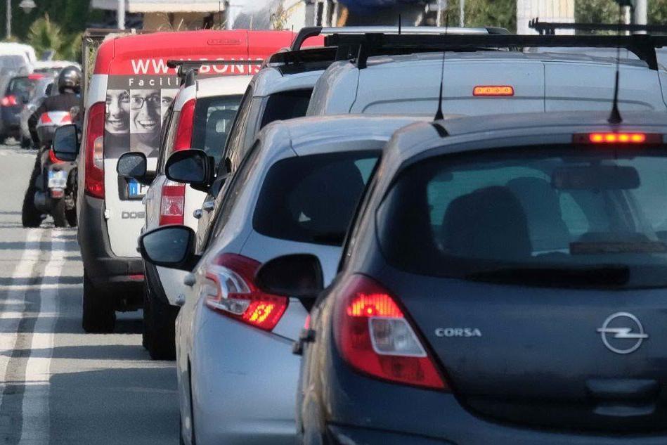 Liguria, caos autostrade. Fino a 14 chilometri di coda, problemi con il 118