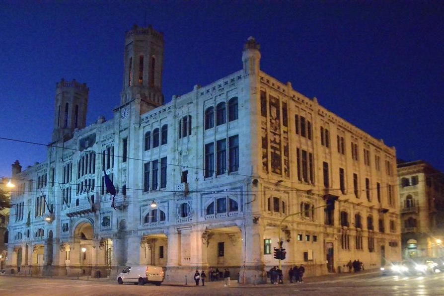 Casi positivi al Covid, chiuse due scuole a Cagliari