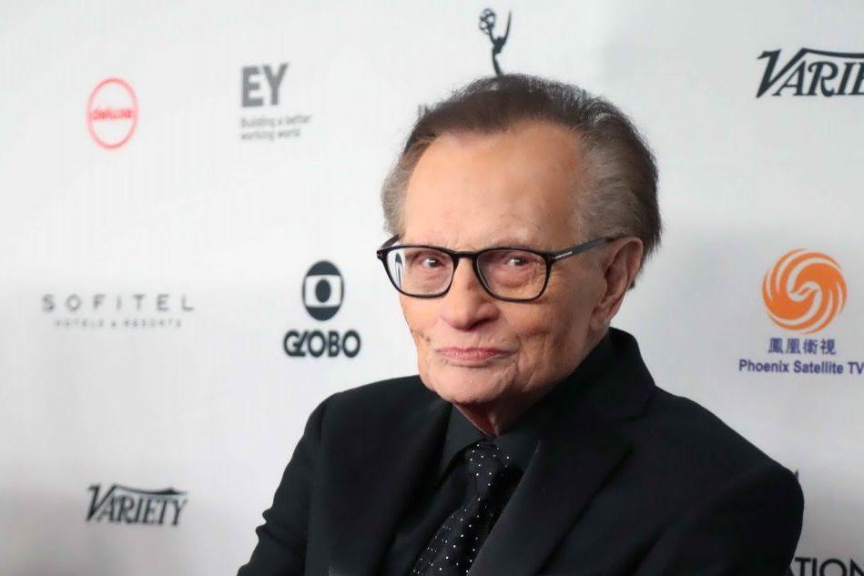 Covid, ricoverato in ospedale il giornalista americano Larry King