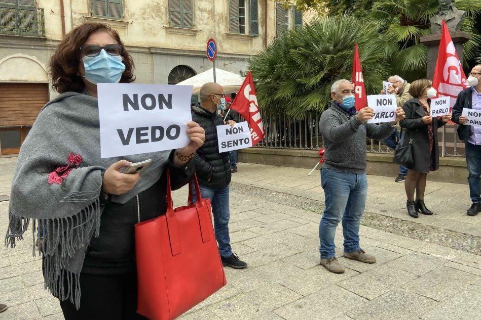 Sassari, il sit in dei lavoratori ambientali del Comune