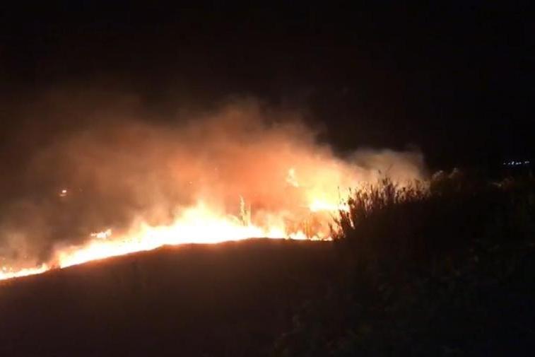 Vasto incendio fra Santadi e Villaperuccio