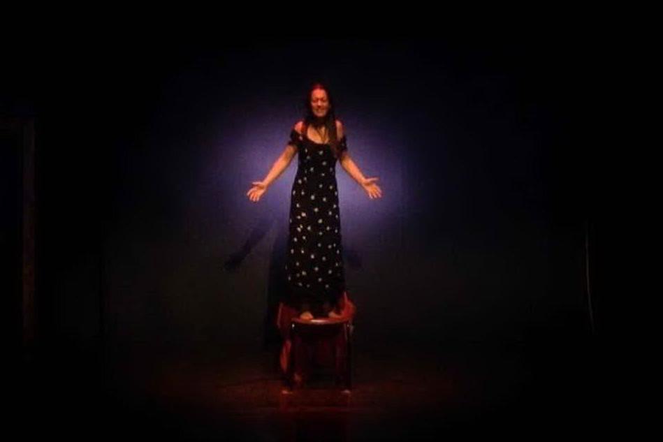 Anche l'Alta Marmilla in campo contro la violenza sulle donne: teatro e scarpette