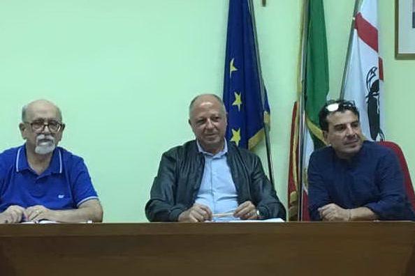 Ula Tirso, Consiglio comunale dopo i proiettili al sindaco