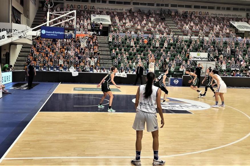 Eurocup femminile,la Dinamo pareggia 61-61 col Grengewald e centra la storica qualificazione