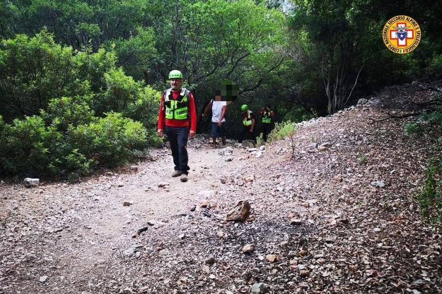 Due polacchi stremati e senz'acqua durante un'escursione, salvati dal Soccorso Alpino