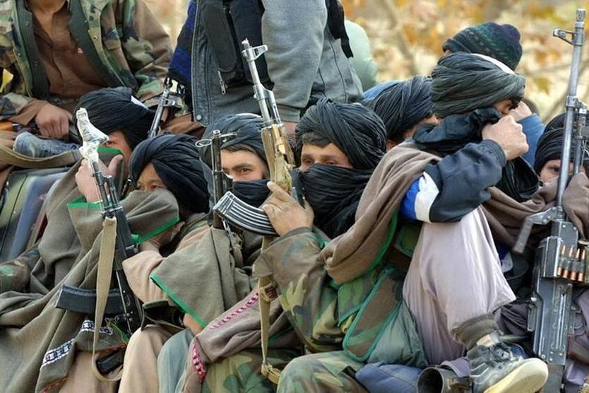 Un gruppo di miliziani (Archivio L'Unione Sarda)