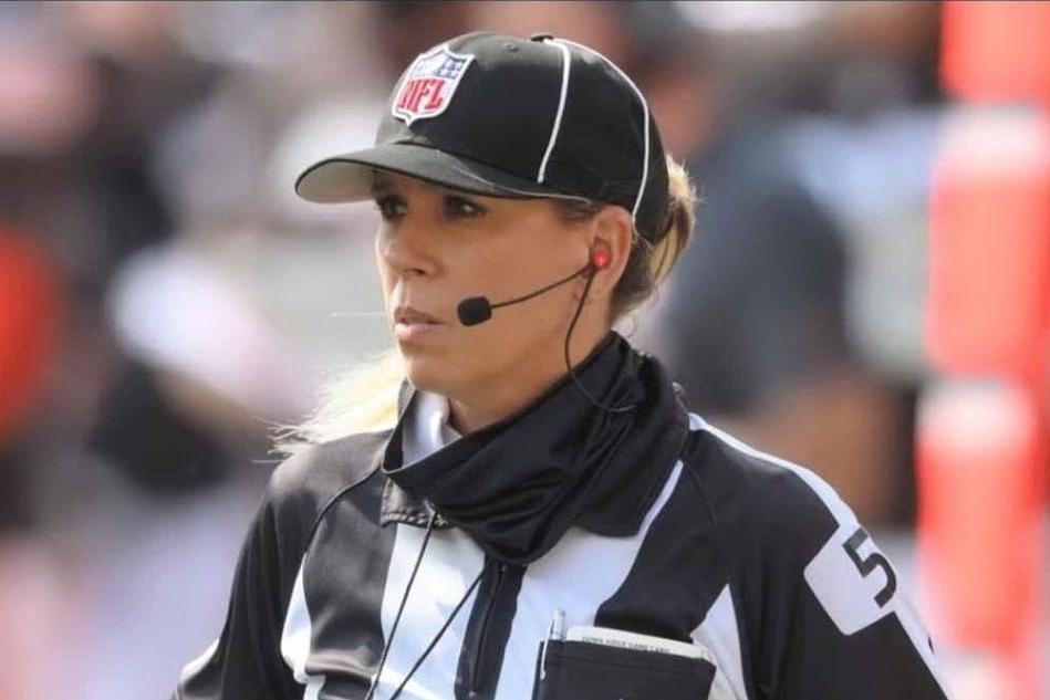 Super Bowl: Sarah Thomas prima donna arbitro