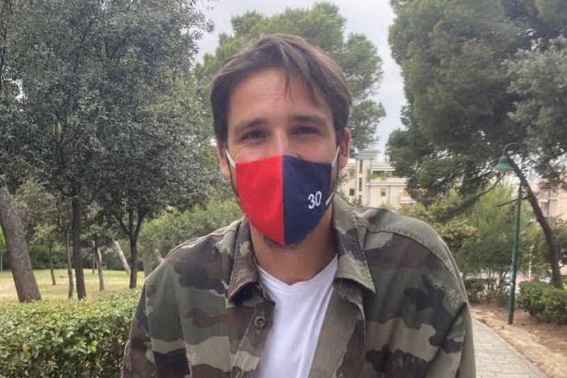 Il Cagliari si ritrova: tanti sorrisi dietro le mascherine