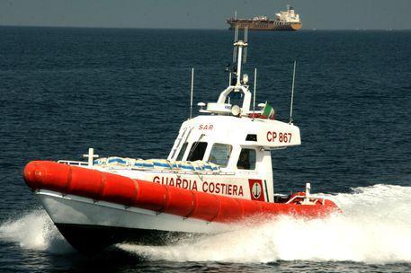 Malore fatale durante il bagno in mare: tragedia sul litorale di Sarroch