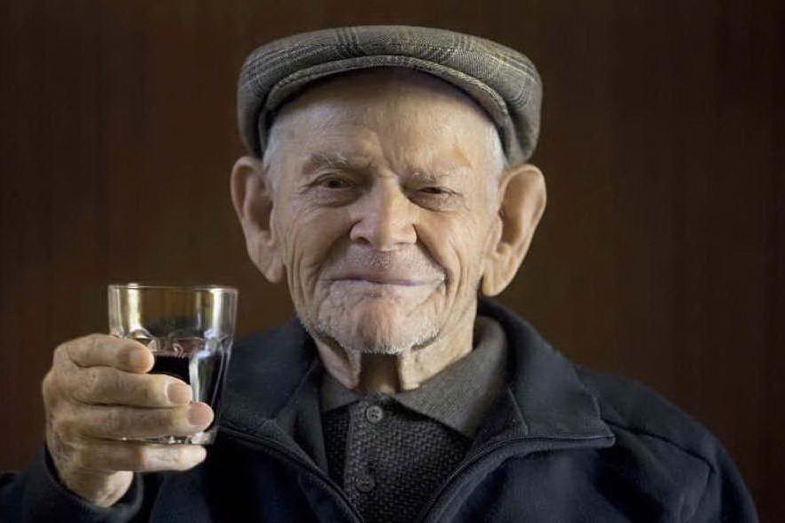 La terra dei centenari: il segreto della longevità in Ogliastra raccontato da chef e artisti