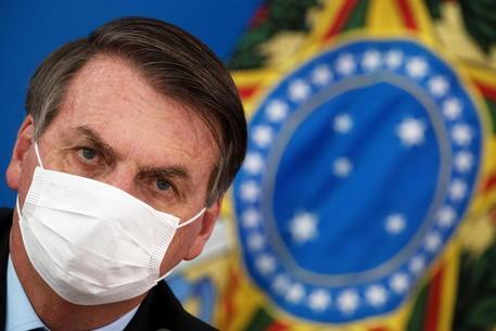 """La commissione d'inchiesta sul Covid: """"Bolsonaro sia giudicato per crimini contro l'umanità"""""""