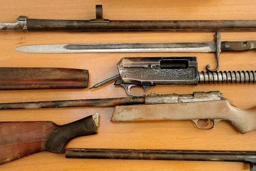 Cercano droga ma trovano armi e munizioni: sequestro dei Falchi di Cagliari