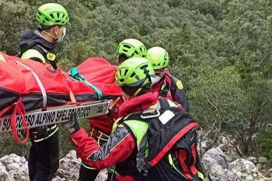 In un anno salvate in Sardegna 100 persone: la maggior parte sono escursionisti