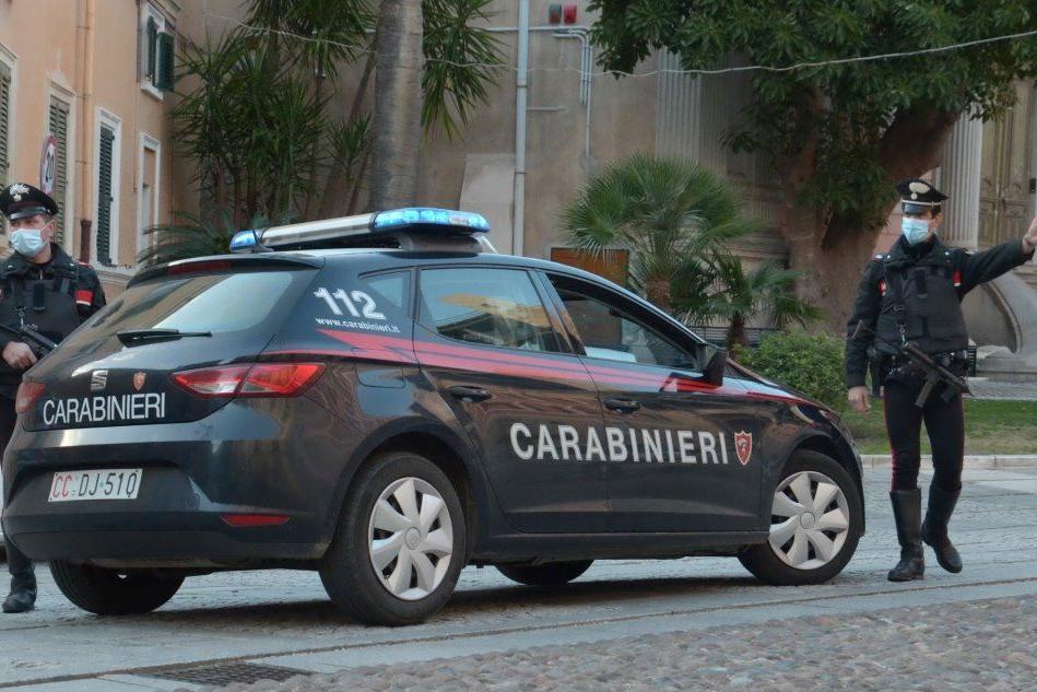 Cagliari, sorpreso alla guida di un monopattino rubato: scatta la denuncia