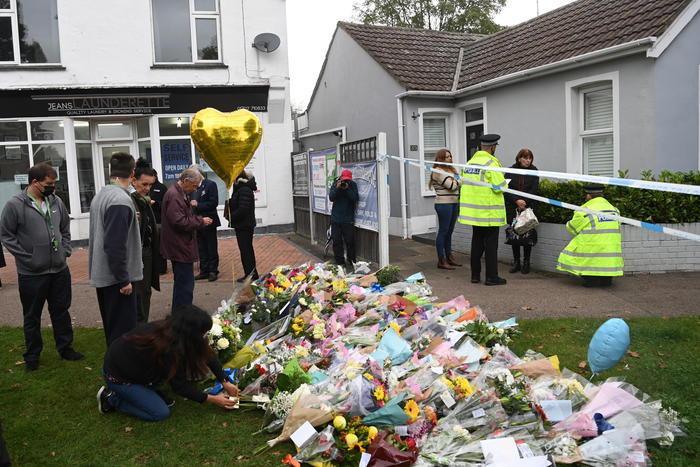 Deputato inglese ucciso, il killer aveva pianificato l'attentato da almeno una settimana