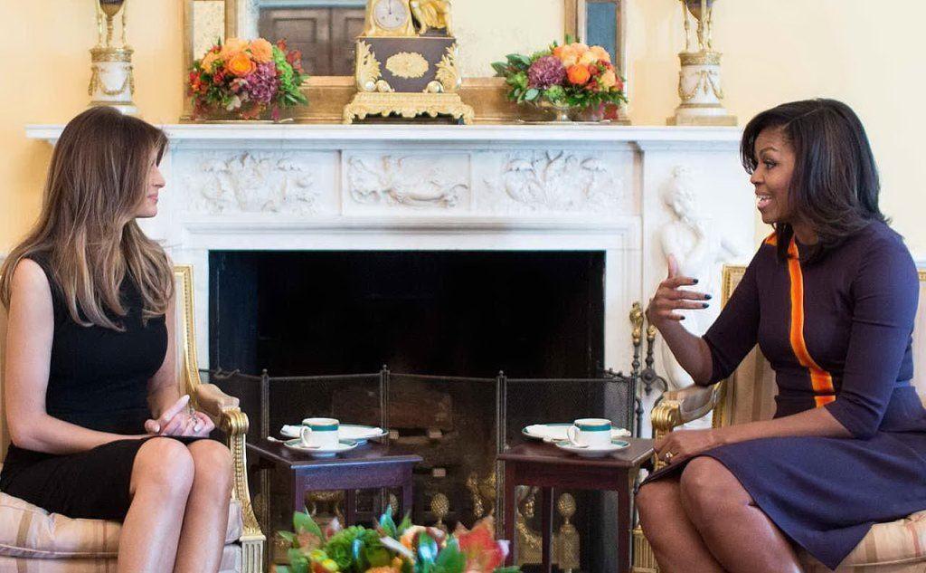 Con Michelle Obama (foto Wikipedia)
