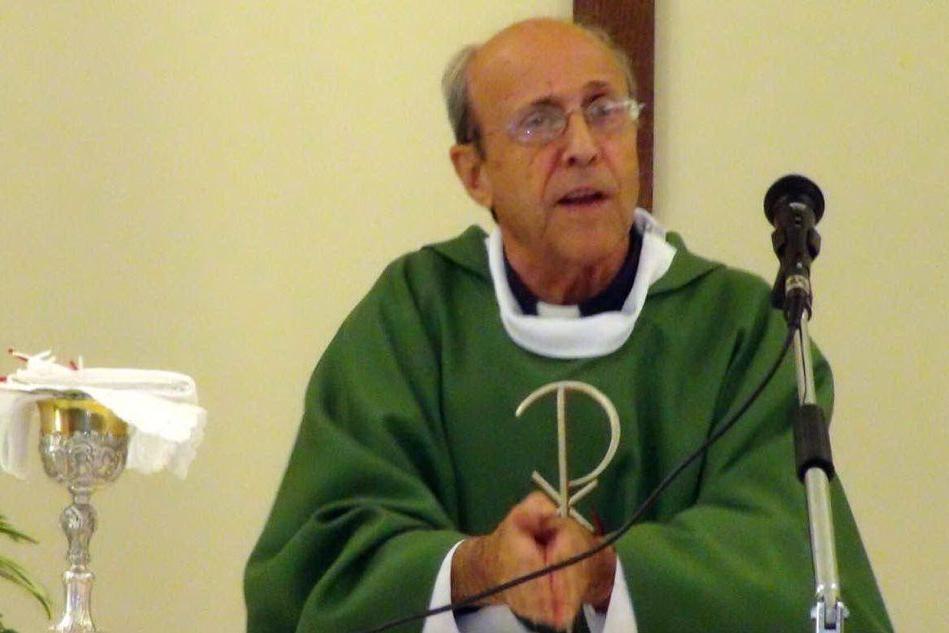 La Chiesa piange don Balloi: l'ex cappellano militare ucciso dal Covid