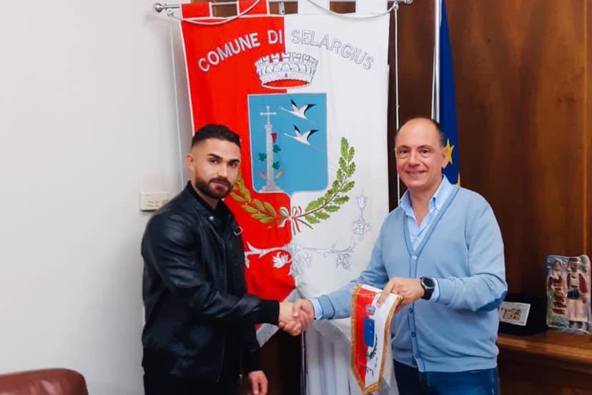 """Selargius, il sindaco ringrazia il carabiniere-eroe Simone Ambu: """"Siamo orgogliosi di te"""""""